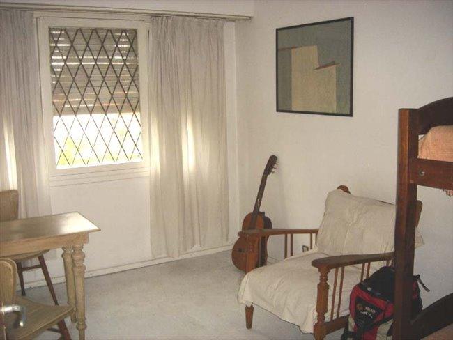Habitaciones en alquiler - Mar del Plata - casa de artista | CompartoDepto - Image 2