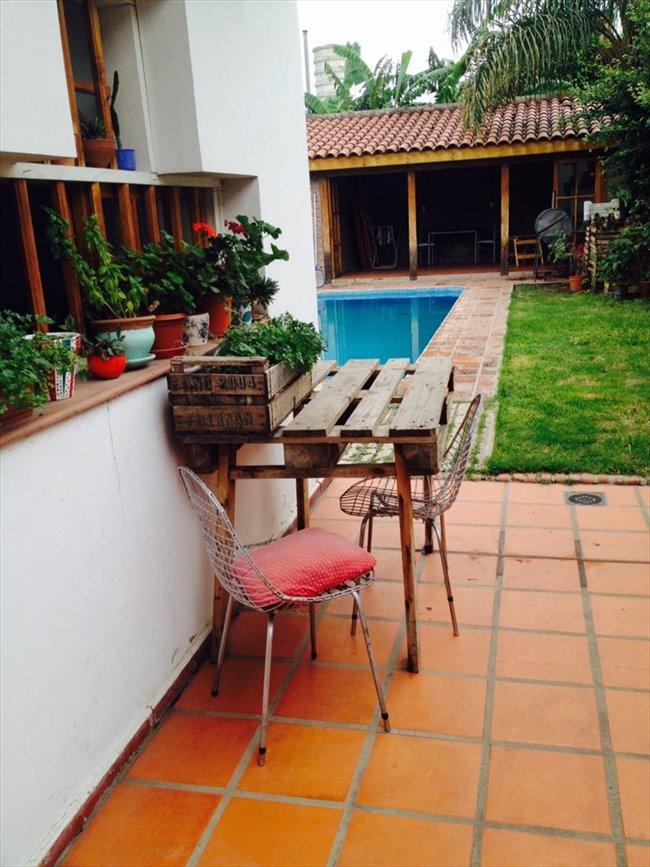 Habitacion en alquiler en Córdoba - Habitación en casa grande con pileta en Alta Cba   CompartoDepto - Image 2