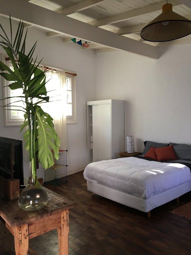 Habitacion en alquiler en San Isidro - ESPACIO TIPO LOFT CON BAÑO PRIVADO EN MARTINEZ | CompartoDepto - Image 6
