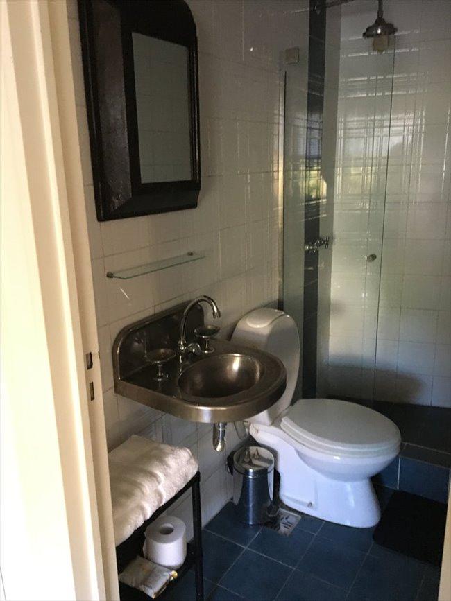 Habitacion en alquiler en San Isidro - ESPACIO TIPO LOFT CON BAÑO PRIVADO EN MARTINEZ | CompartoDepto - Image 8