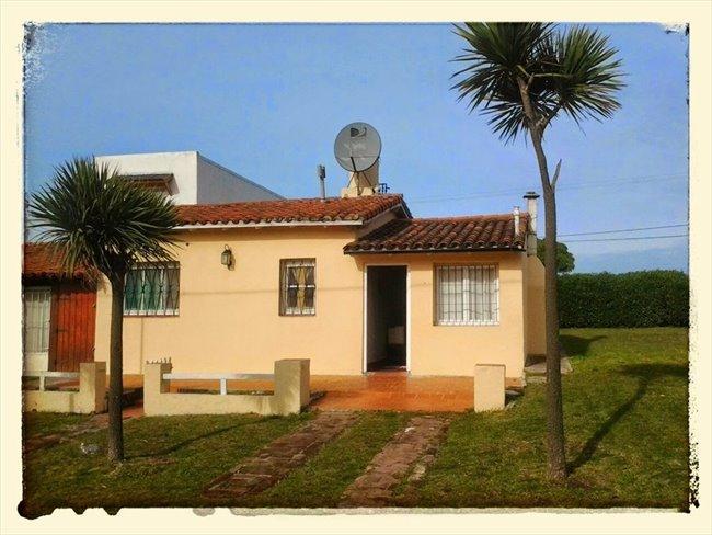 Habitacion en alquiler en Mar del Plata - LINDA CASITA EN MARDEL | CompartoDepto - Image 1