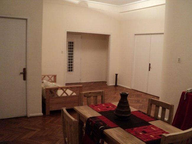 Habitacion en alquiler en Buenos Aires - excelente departamento amueblado | CompartoDepto - Image 1