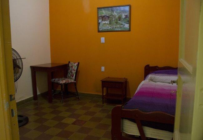 Habitacion en alquiler en Córdoba - Alquilo Hab, residencia señoritas desde $3000   CompartoDepto - Image 3