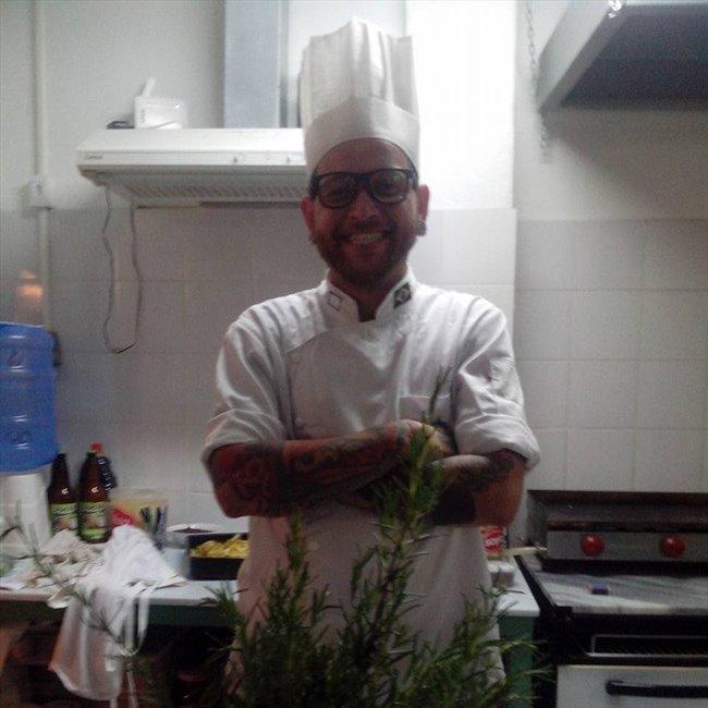 Roberto - Profesional - Hombre - Buenos Aires - Image 1
