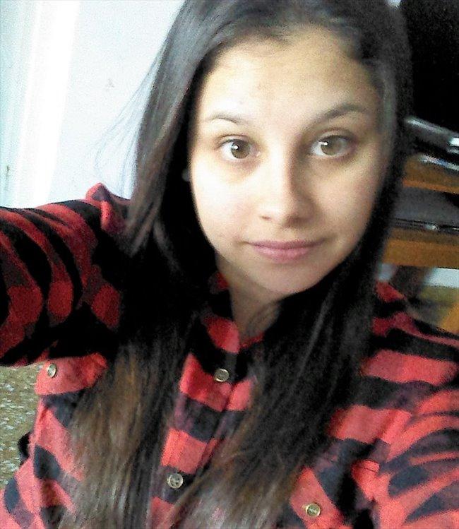 Tamara - Estudiante - Mujer - La Plata - Image 1