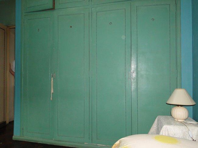 Prolijo y amplio cuarto en un departamento Almagro - Almagro - Image 3