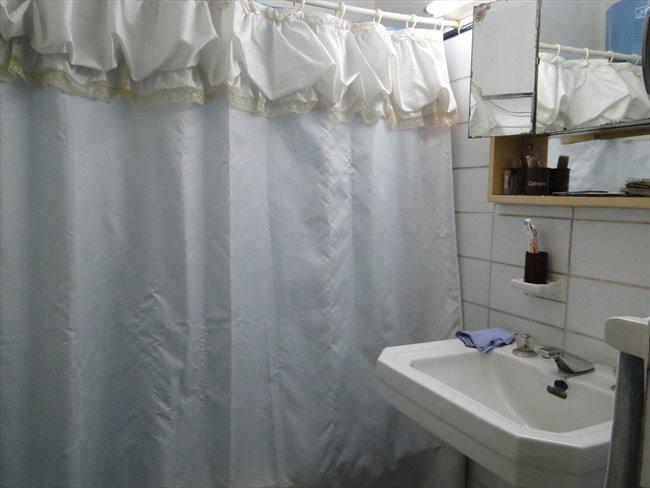 Prolijo y amplio cuarto en un departamento Almagro - Almagro - Image 4