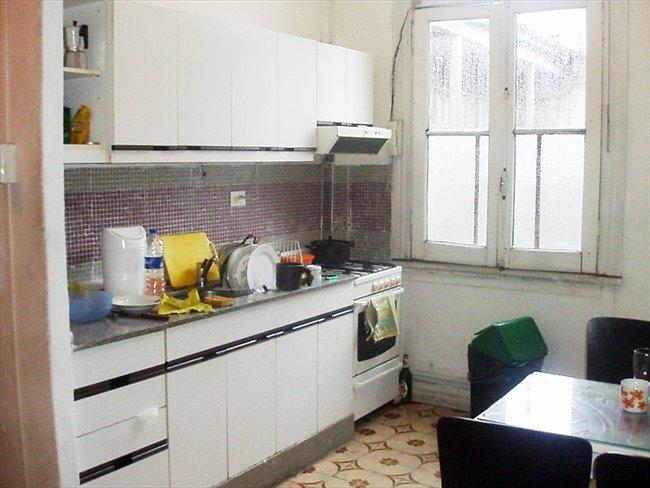rento habitacion libre para chicas depto de 4 pers - San Telmo - Image 1