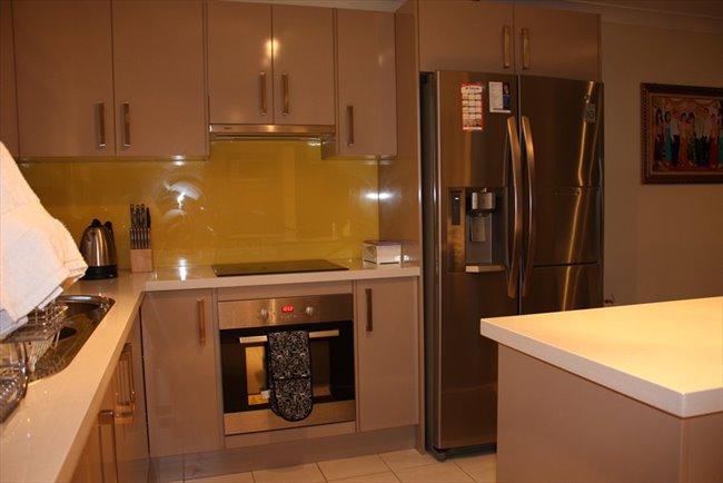 Room to rent in Lansdowne - Bankstown - Image 1