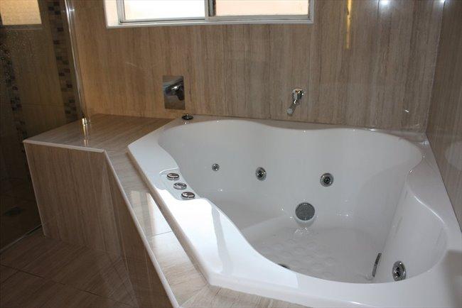 Room to rent in Lansdowne - Bankstown - Image 2