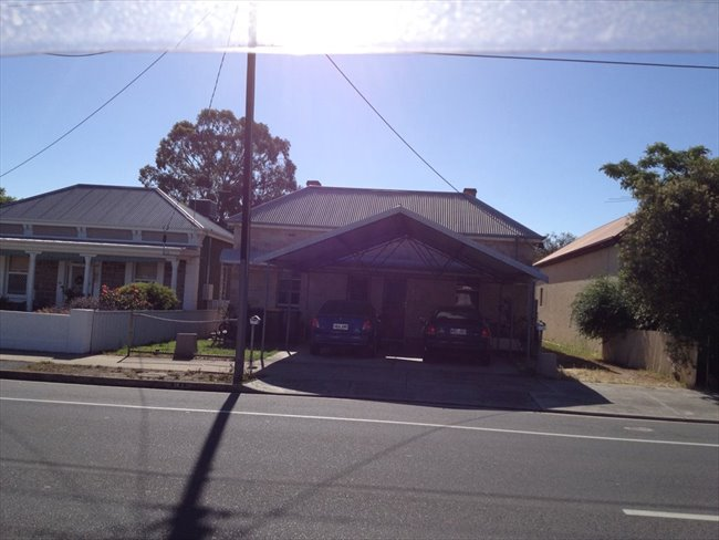 Room to rent in Alberton - Double Beachside Room for Rent 1 - 3 Months - Image 5