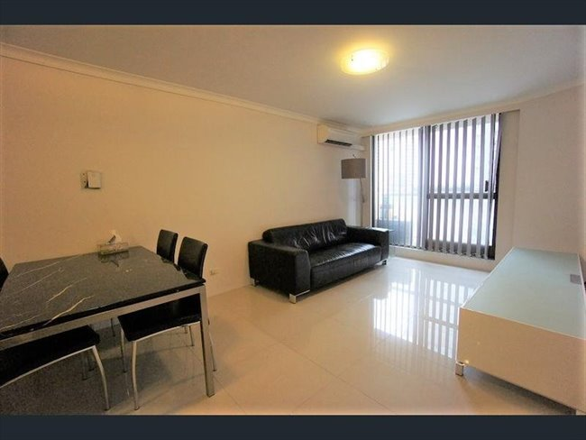 Room to rent in Adelaide - Ideal for student/office/married and single accommodation - Image 5