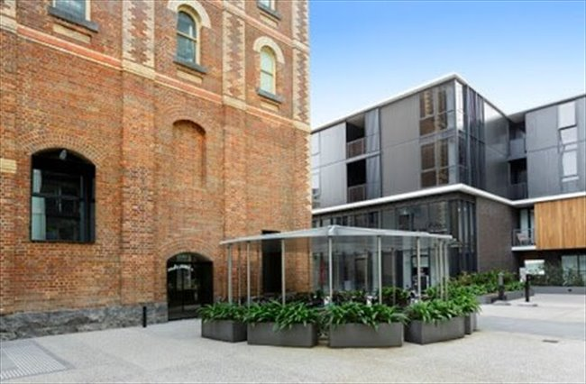 Room to rent in Collingwood - ASAP LEASE TRANSFER - BRAND NEW APARTMENT COLLINGWOOD - Image 3