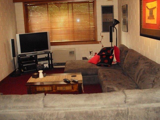 Bayside  Accomodation - Elwood, Inner East - Image 3