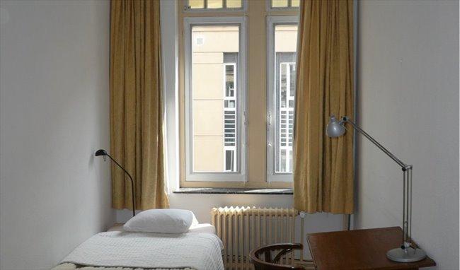 Colocation - Etterbeek - chambre dans une maison ART NOUVEAU | Appartager - Image 1