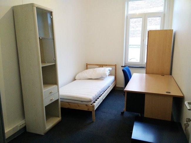 Colocation à La Louvière - Maison pour 4 personnes meublée a partir de 290€ | Appartager - Image 4