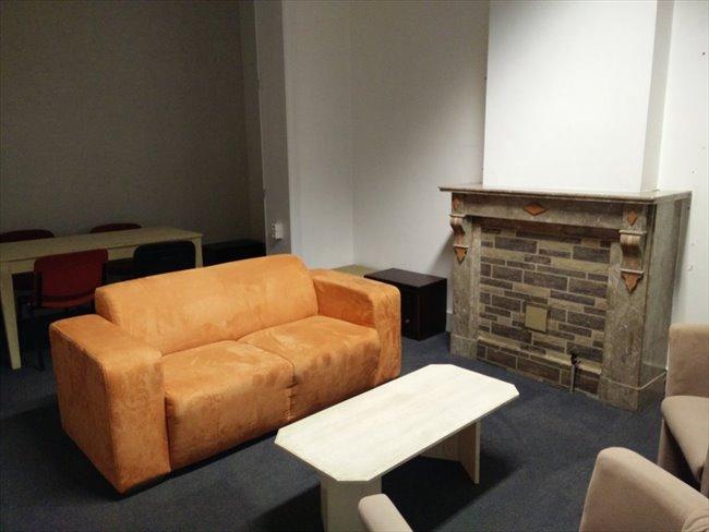 Colocation à La Louvière - Maison pour 4 personnes meublée a partir de 290€ | Appartager - Image 8