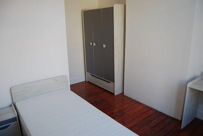 Colocation à Schaerbeek Schaarbeek - Chambre étudiante/stagiaire dans triplex (Ch.2) | Appartager - Image 1