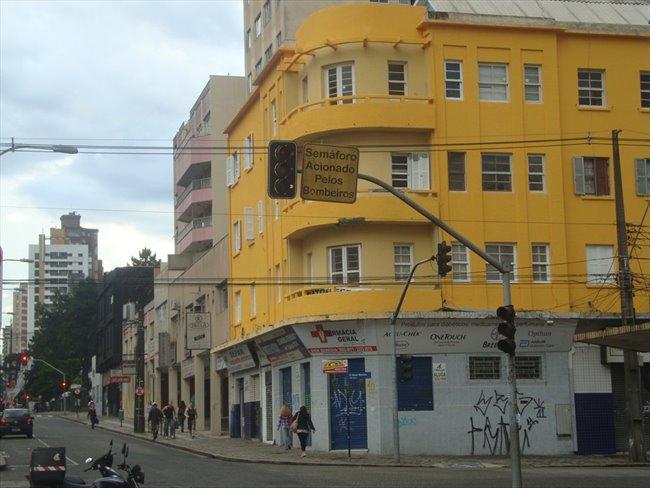 Aluguel kitnet e Quarto em Curitiba - Temos um quarto vago   EasyQuarto - Image 7