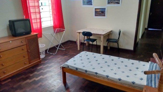 Aluguel kitnet e Quarto em Curitiba - Temos quarto vago por 700 | EasyQuarto - Image 6