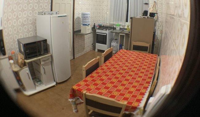 Aluguel kitnet e Quarto em Curitiba - Quarto disponível em APARTAMENTO NO ALTO DA XV   EasyQuarto - Image 4