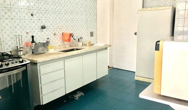 quarto alugar jardins:Quarto – Jardim Paulista – Quarto com Banheiro Privativo no Jardins