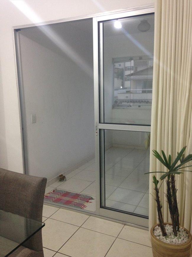 Aluguel kitnet e Quarto em Belo Horizonte - QUARTO sem armário - Ambiente familiar | EasyQuarto - Image 3