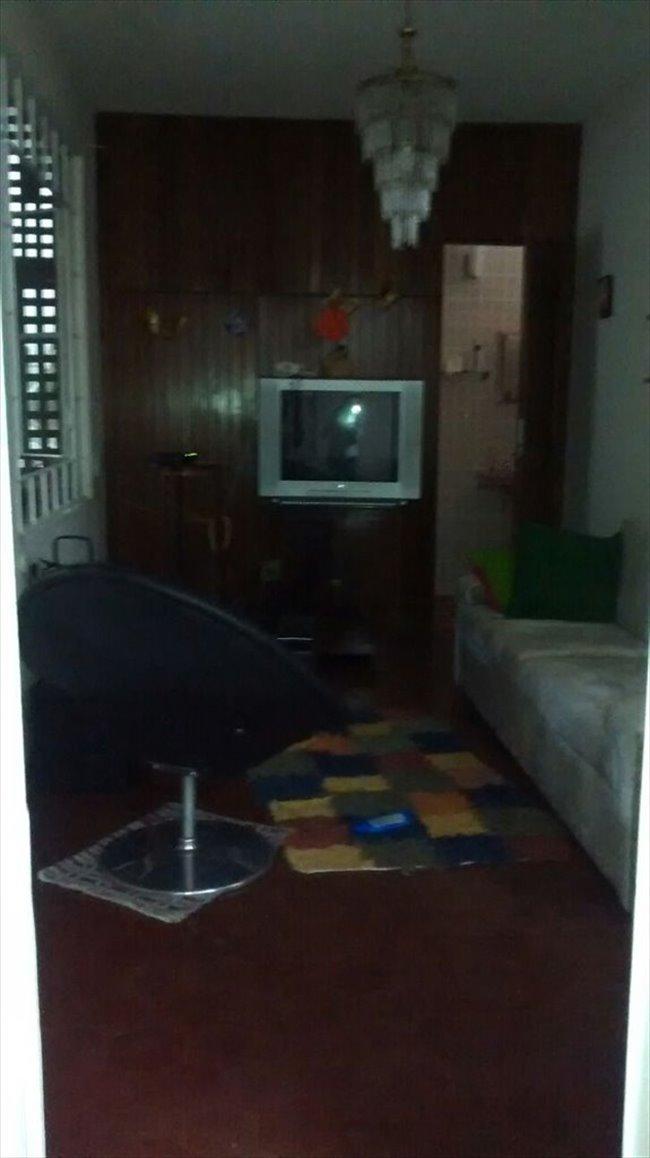 Aluguel kitnet e Quarto em Belo Horizonte - Quarto com Sala e suite em lugar privilegiado de Belo Horizonte | EasyQuarto - Image 2