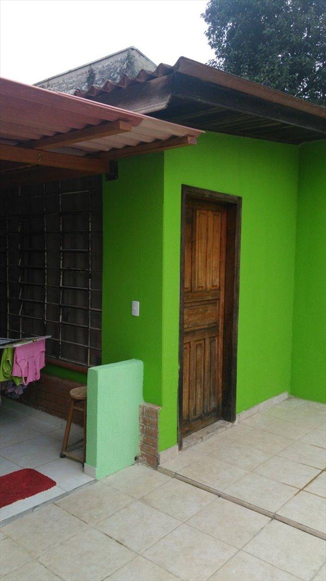 Aluguel kitnet e Quarto em Curitiba - Suíte mobiliada no bairro São Braz | EasyQuarto - Image 2