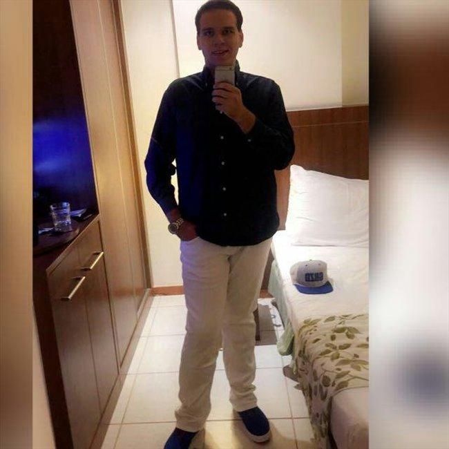 Alex Fernando - Estudante - Masculino - Goiânia - Image 1