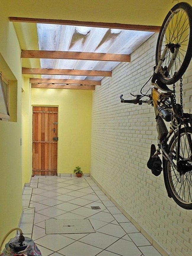 Aluguel kitnet e Quarto em São José dos Campos - Quartos em Taubaté para Moças | EasyQuarto - Image 2