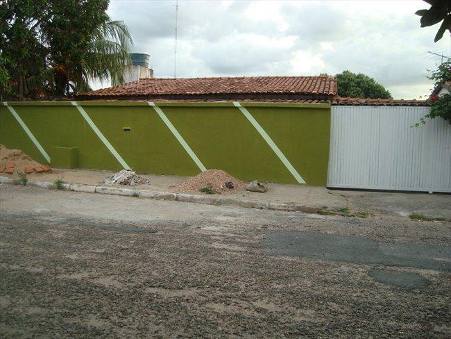 Alugo Kitnets no CPA 2, Esquina com a Av. Brasil - Região Sul - Image 2