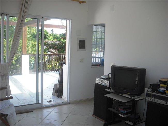 aluga-se quarto individual em casa na Taquara - Taquara, Zona Oeste - Image 1