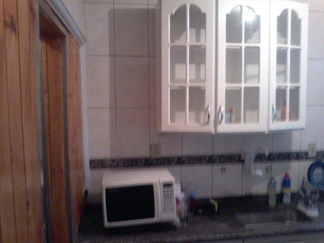 Suites com banheiro privativo em Santo Amaro, de  18 mts, mobiliadas - Santo Amaro - Image 3