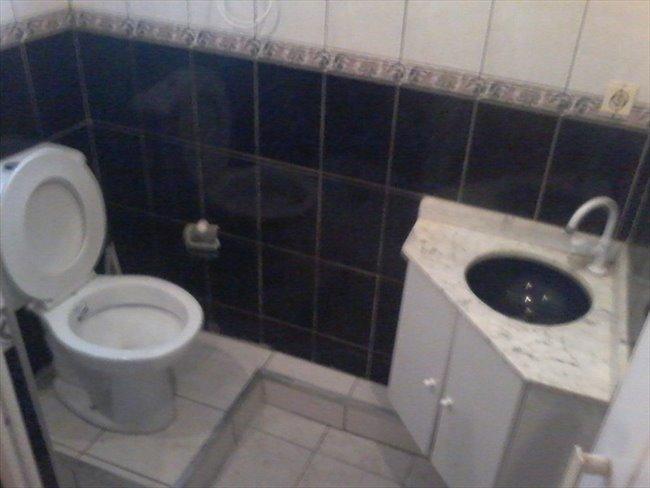 Suites com banheiro privativo em Santo Amaro, de  18 mts, mobiliadas - Santo Amaro - Image 6