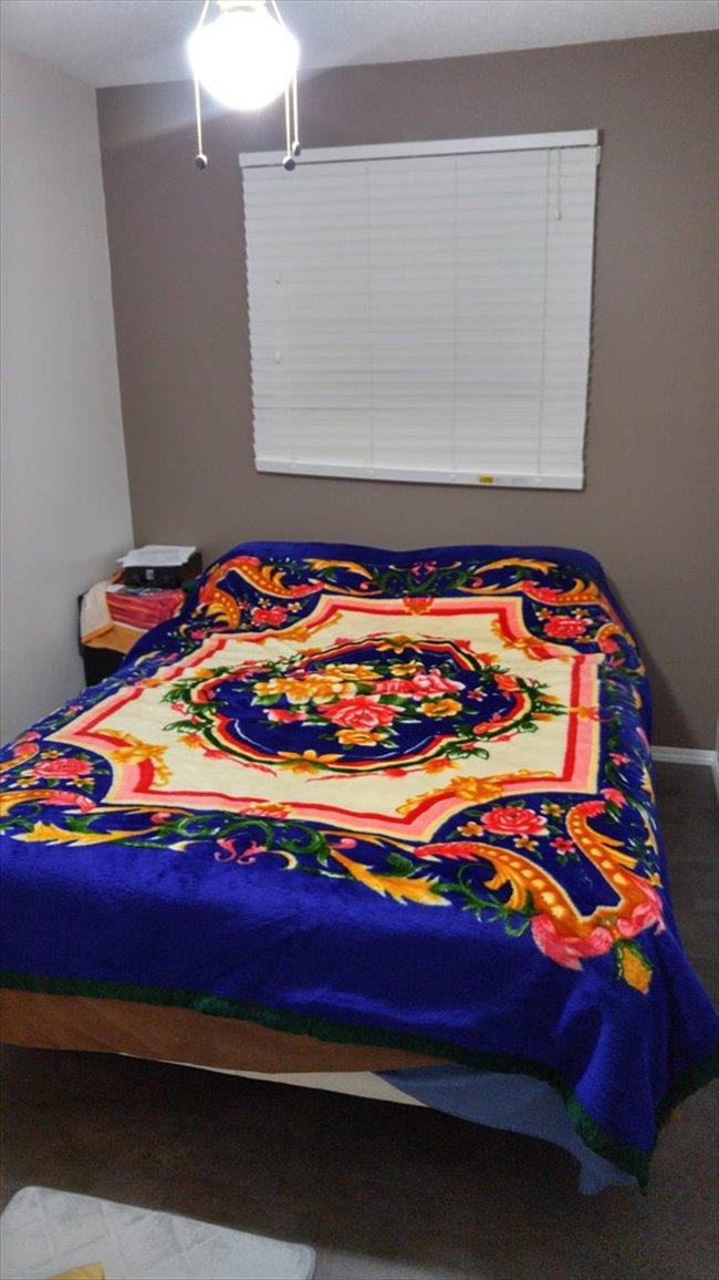 Room for rent in Saskatoon - Top floor one bedroom - Image 2