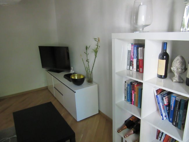 Colocation - Zürich - 14 sqm room in 3 room appartment close to Albisriederplatz (Kreis 3) | EasyWG - Image 4