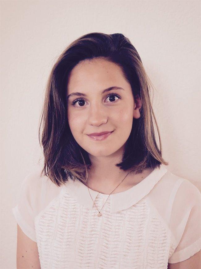 Elisa cadelli etudiant femme gen ve genf for Chambre colocation geneve