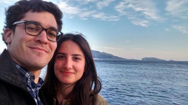 Mercedes et Carlos - Salarié - Couple  - Genève - Image 1