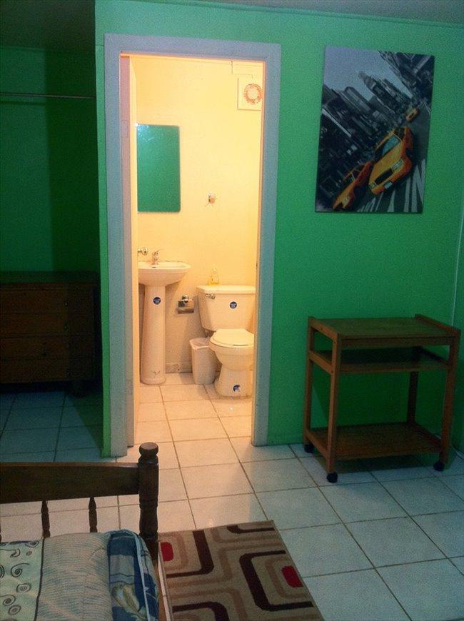 Pieza en arriendo en Chillán - Excelentes Habitaciones, Centrales, Baño Privado.  Cercana a U.B.B la Castilla-Terminal L. Azul y Ce | CompartoDepto - Image 3