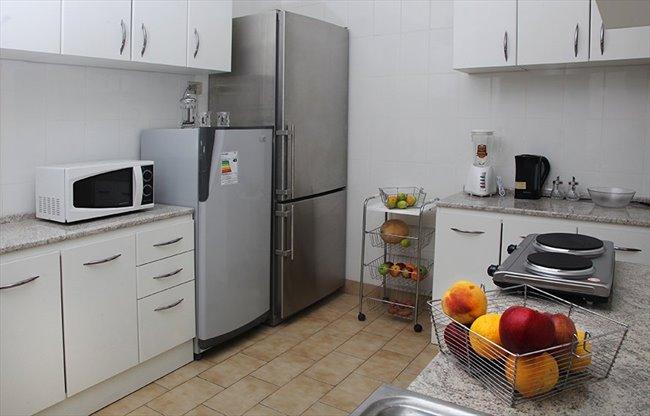 Pieza en arriendo en santiago habitaciones para for Habitaciones para arriendo