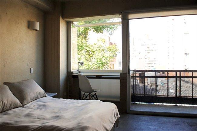 Habitaciones en arriendo - Bogotá - Aparta-Estudio Privado de Lujo en La Macarena | CompartoApto - Image 1
