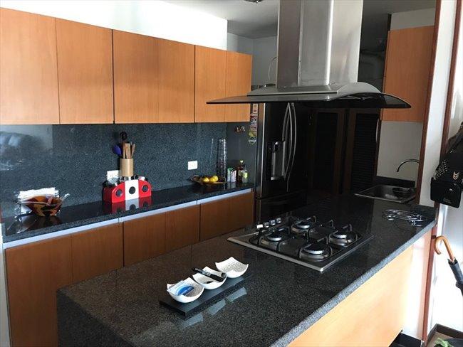 Habitacion en arriendo en Bogotá - Comparto Apto Zona Norte | CompartoApto - Image 1