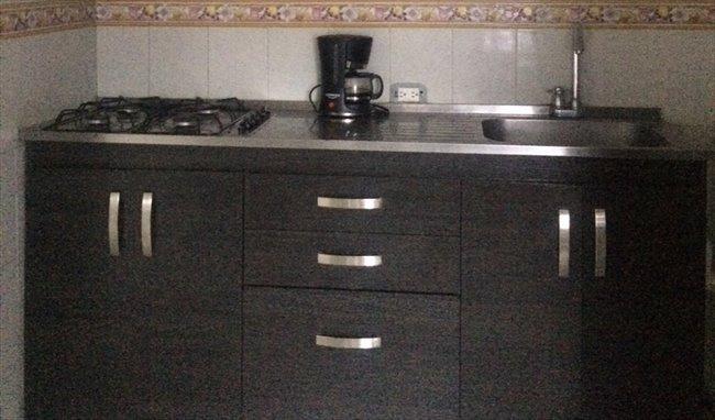 Habitaciones en arriendo - Barranquilla - Se arrienda Habitación  Villa Carolina | CompartoApto - Image 2