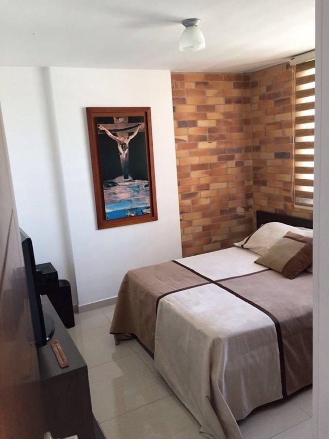 Habitaciones en arriendo - Bucaramanga - Espectacular Habitación Amoblada en Cabecera - Bucaramanga | CompartoApto - Image 1