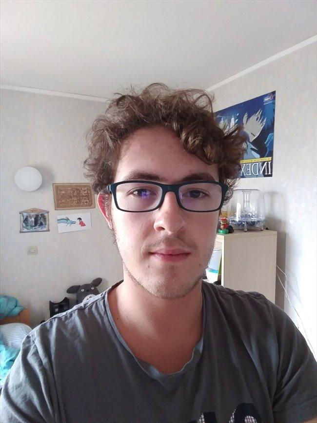 Jeremy - Student - Man - Gent-Gand - Image 1