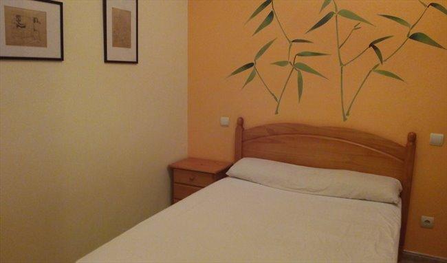 Piso Compartido en Tarragona - Precioso chalet de 4 dormitorios para compartir Tarragona ciudad | EasyPiso - Image 1