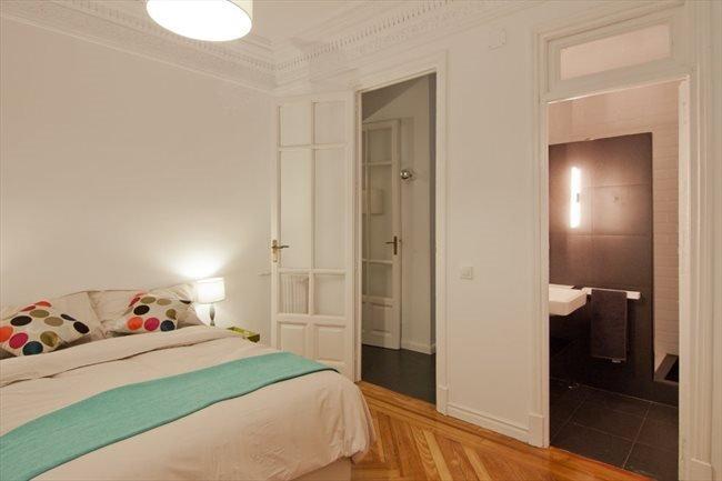 Piso compartido en moncloa moderno piso con habitaciones for Piso 5 habitaciones