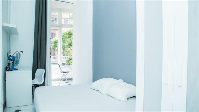 Piso Compartido en Barcelona - Habitación con cama DOBLE y BALCON en VIA LAIETANA!!!!! | EasyPiso - Image 5