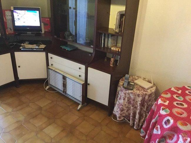 Piso Compartido en Tetuán - habitacion grande luminosa solo chica estudiante--cerca UNIVERCIDADES-MADRID   EasyPiso - Image 3